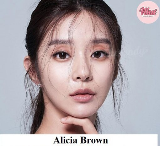 Lens Alicia Brown